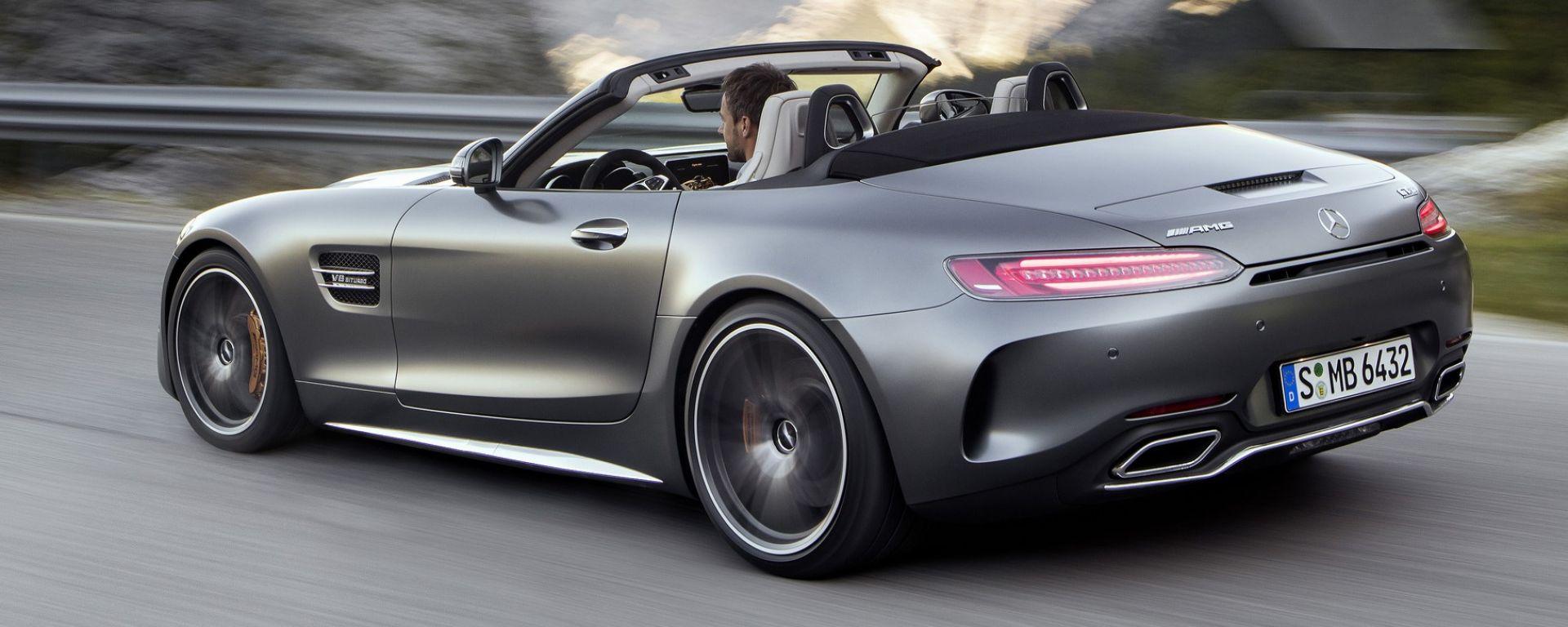 Mercedes AMG GT Roadster, debutto al Salone di Parigi