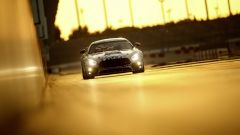 Mercedes AMG GT4 - in pista con la livrea camouflage