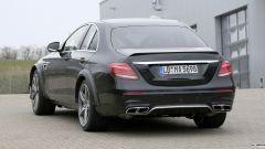 Mercedes-AMG, il muletto misterioso: il posteriore