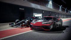 Mercedes-AMG Project One e Mercedes-AMG F1 W11 EQ Performance