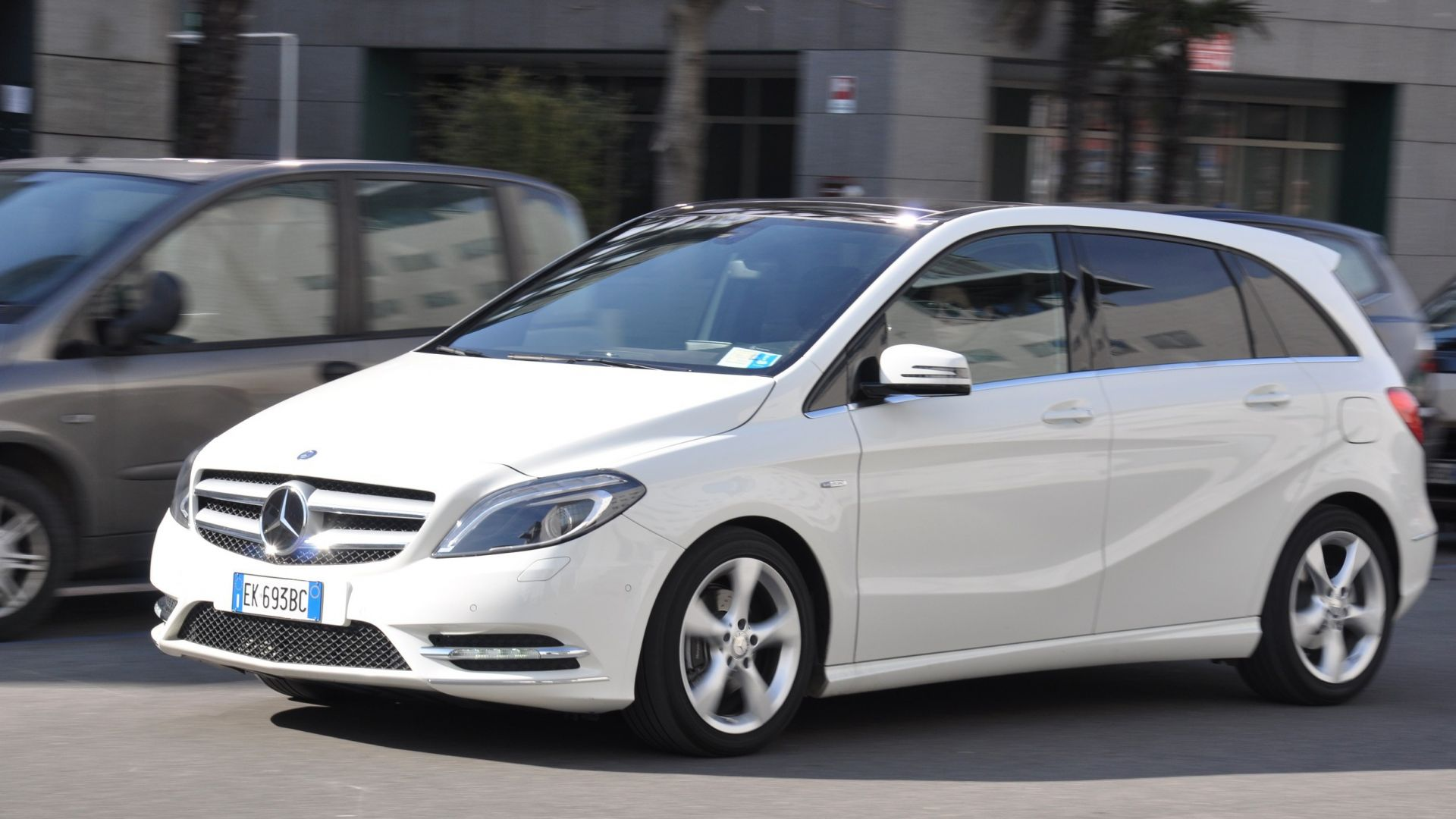 test drive mercedes b 180 cdi premium motorbox. Black Bedroom Furniture Sets. Home Design Ideas