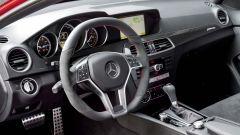Mercedes-Benz C 63 AMG Coupé Black Series - Immagine: 3