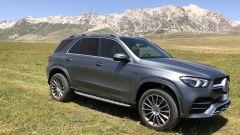 Mercedes-Benz SUVAttack 2021: la GLE 350 de 4Matic plug-in hybrid sugli altipiani del Gran Sasso