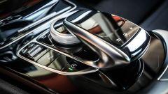 Mercedes C220 d Sport: i comandi dell'impianto infotainment