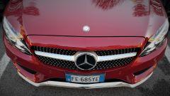 Mercedes C220d Cabrio 4matic: dettaglio della calandra