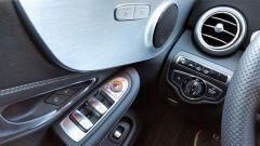 Mercedes C220d Cabrio 4matic: dettaglio della portiera