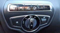 Mercedes C220d Cabrio 4matic: il pannello di controllo degli aiuti alla guida