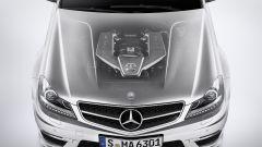 Mercedes C63 AMG 2011 - Immagine: 2