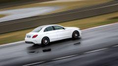 Mercedes C63 AMG S: vista laterale