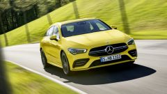 Mercedes CLA 35 AMG 4Matic Shooting Brake: dettaglio del frontale