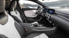 Mercedes CLA Shooting Brake, un abito sportivo elegante - Immagine: 11