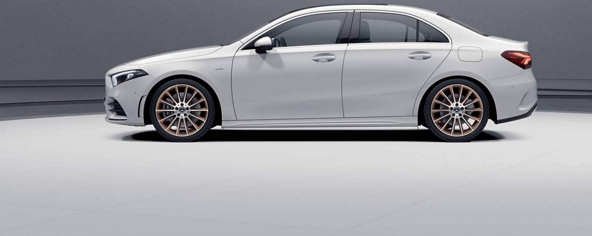 Mercedes Classe A berlina, ecco la Edition 1