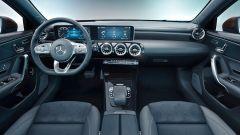 Mercedes Classe A berlina: la plancia