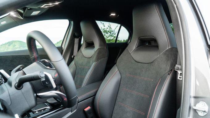 Mercedes Classe A180d, i sedili anteriori