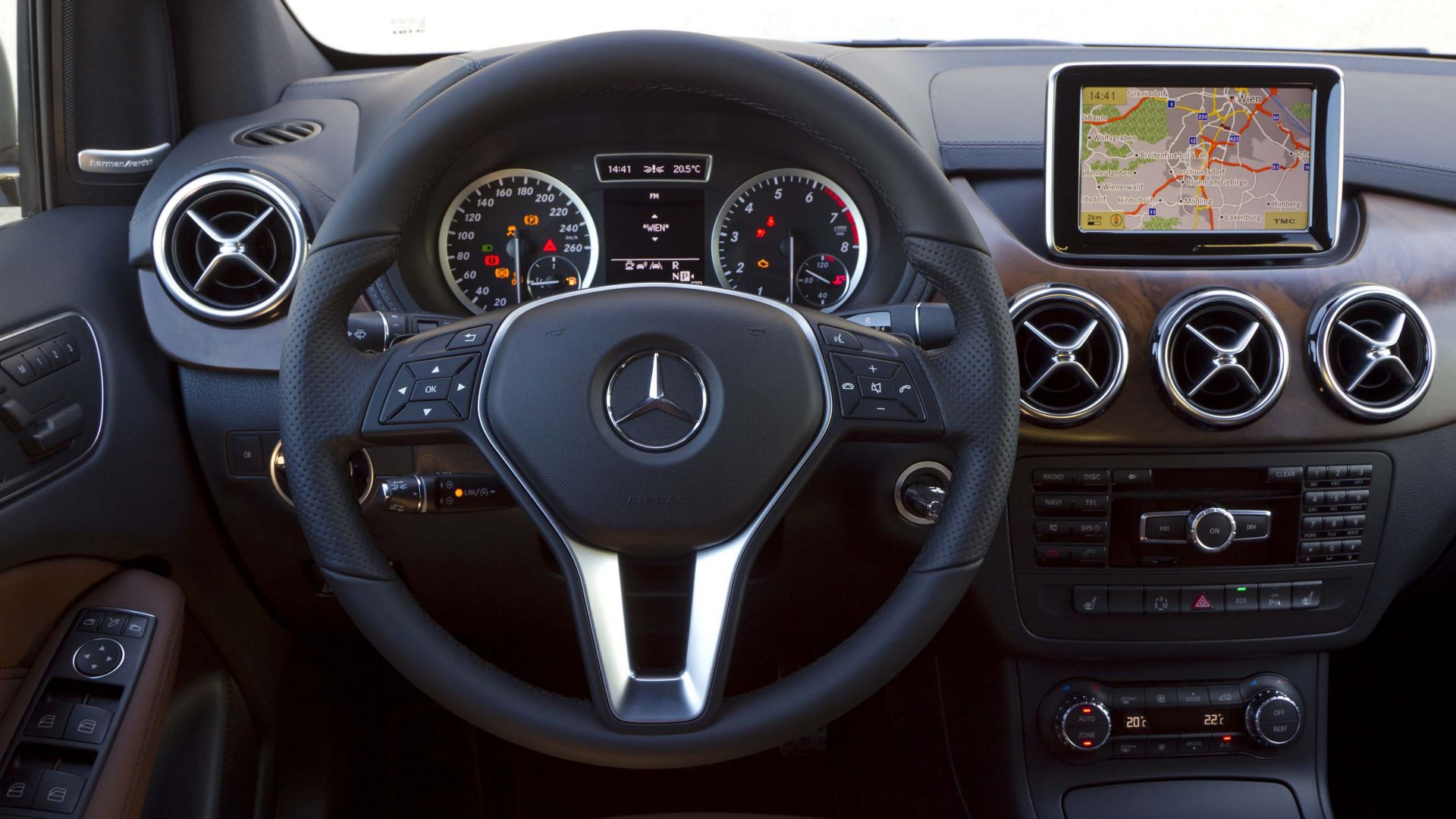 Immagine 128: Mercedes Classe B 2012