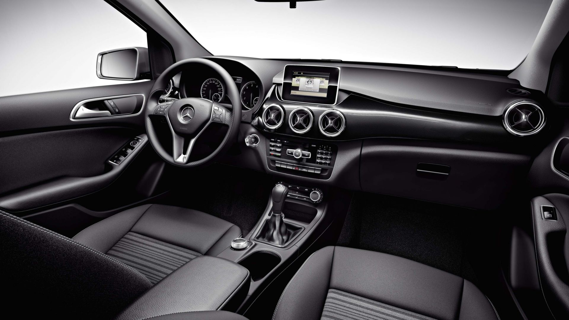 Immagine 99: Mercedes Classe B 2012