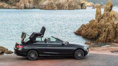 Mercedes Classe C Coupé e Cabrio: restyling per New York - Immagine: 1