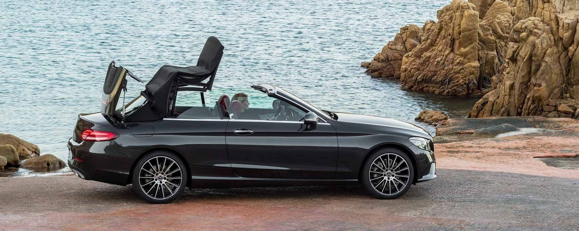 Mercedes Classe C Coupé e Cabrio: restyling per New York