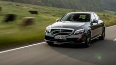 Mercedes Classe C 2018: il restyling è su strada