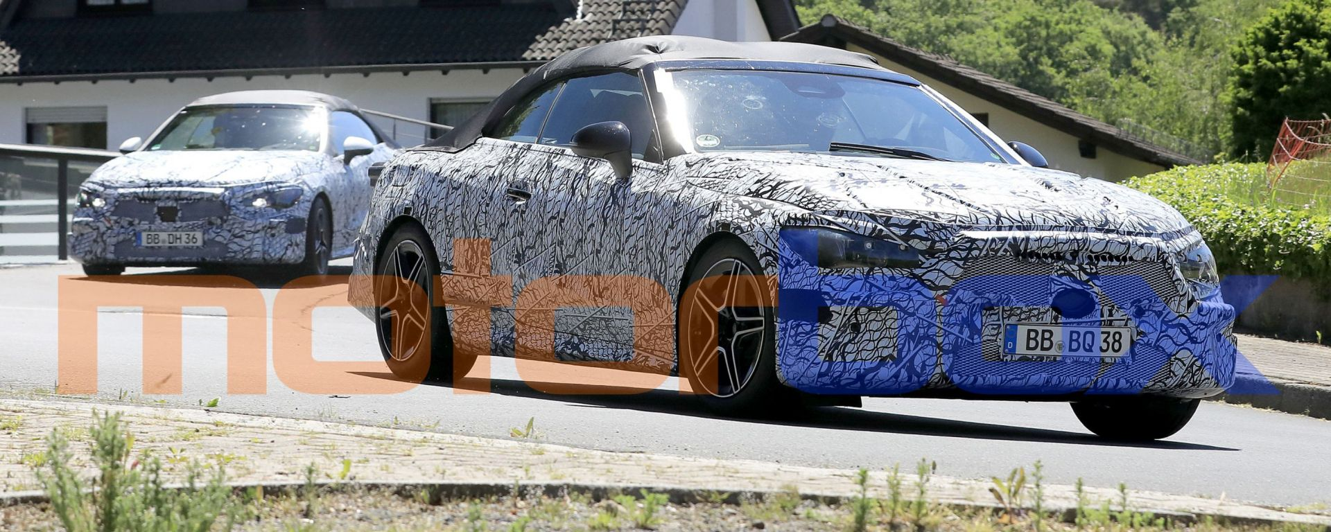 Mercedes Classe C Cabrio 2023: due prototipi sorpresi a circolare