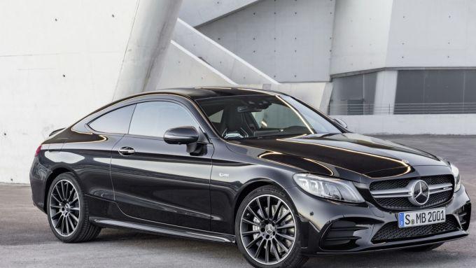 Mercedes Classe C Coupé: uno stile che non passa mai di moda