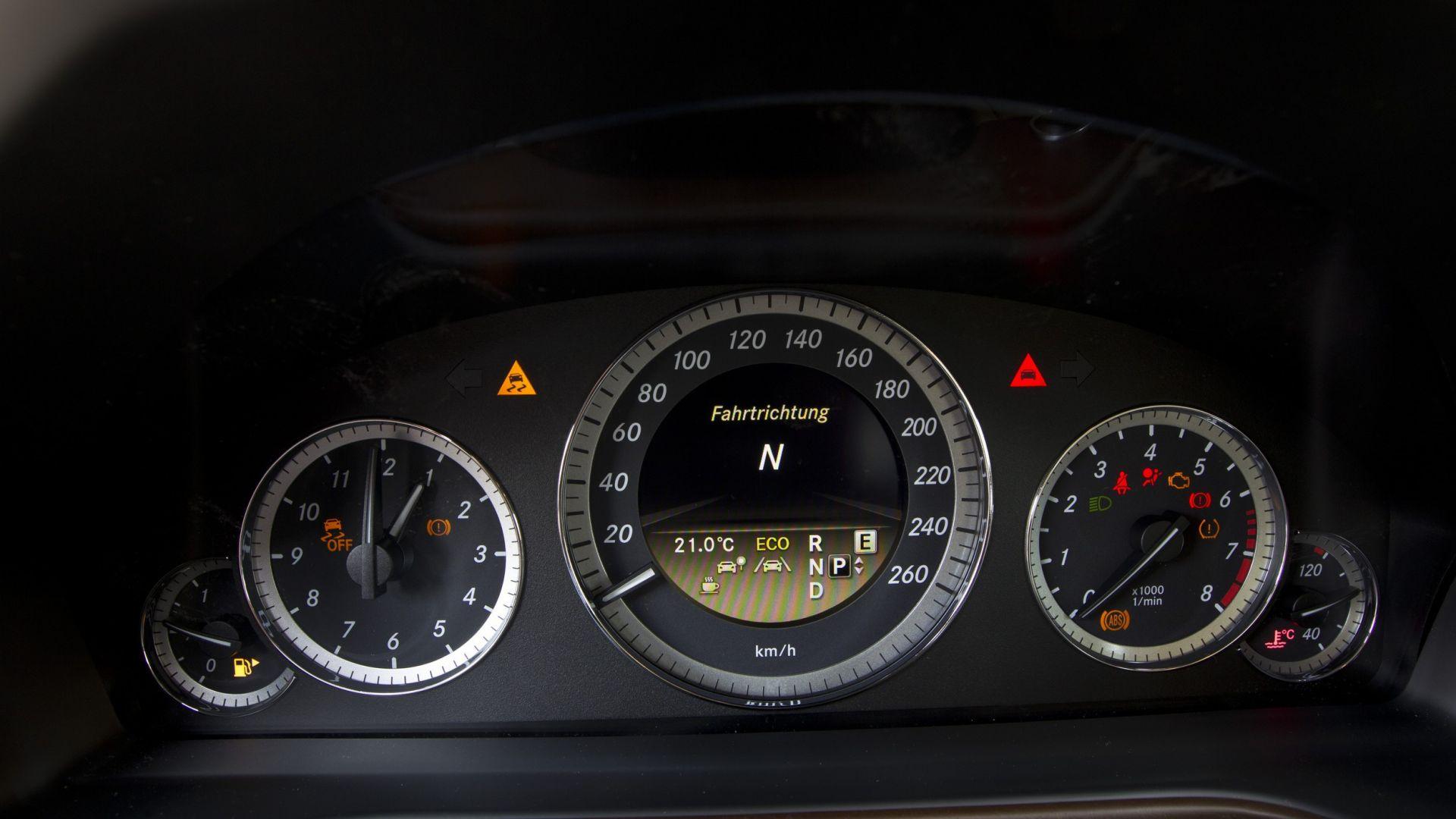 Immagine 29: Mercedes Classe E 2011