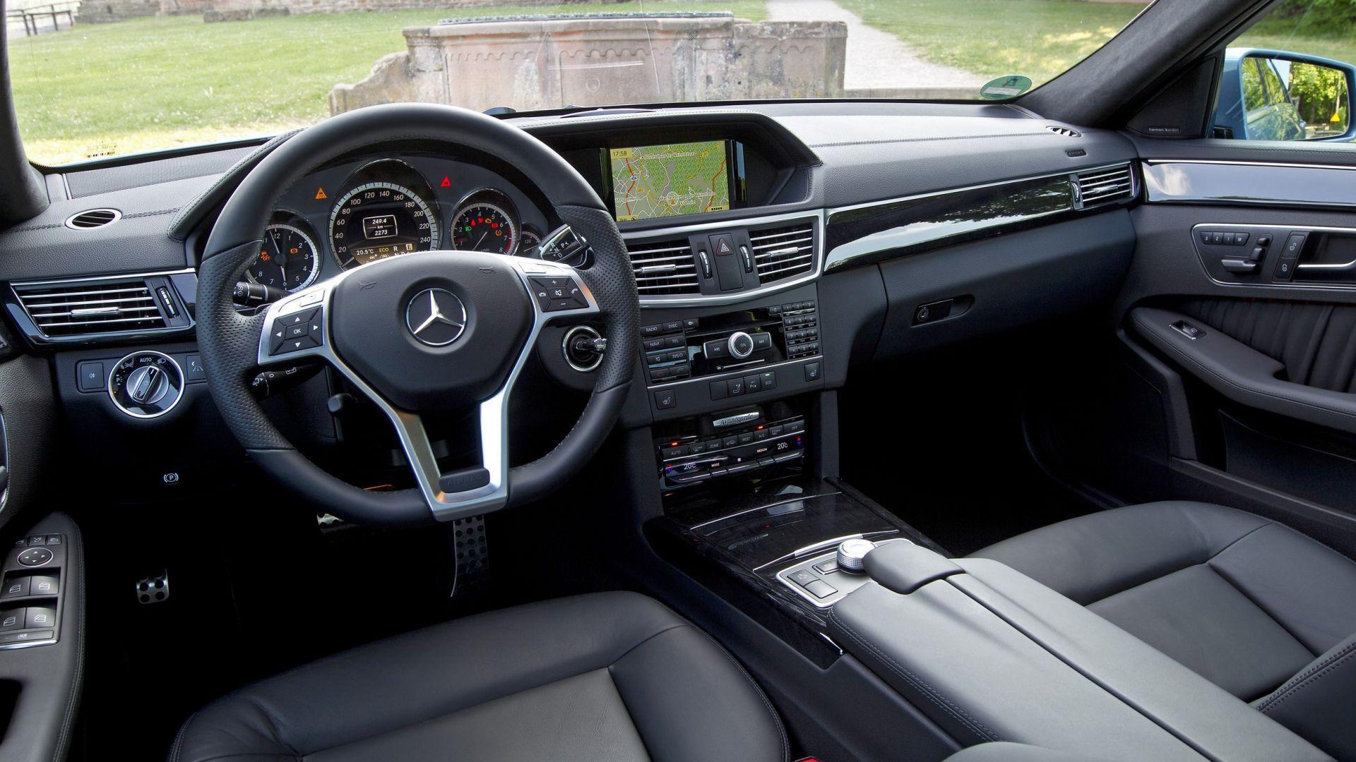 Immagine 23: Mercedes Classe E 2011