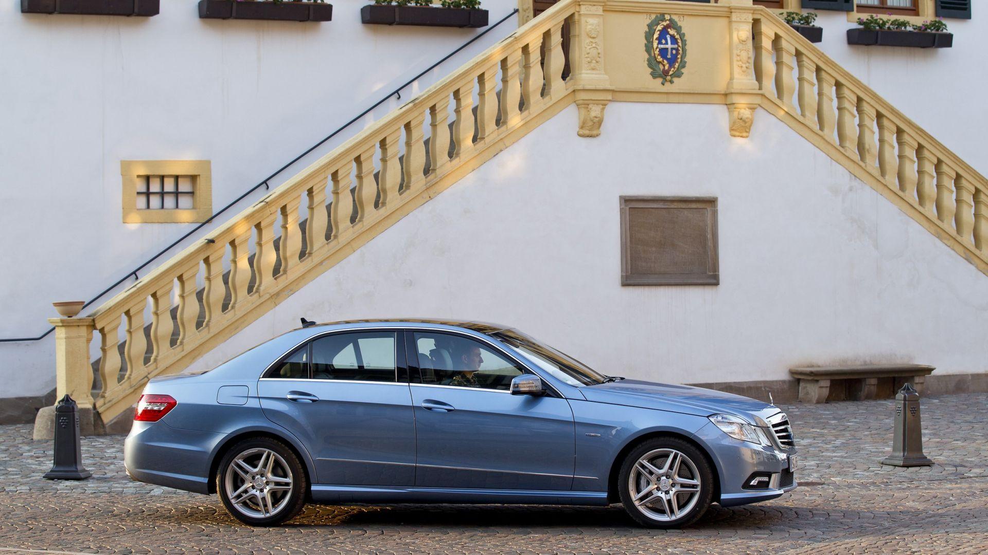 Immagine 19: Mercedes Classe E 2011