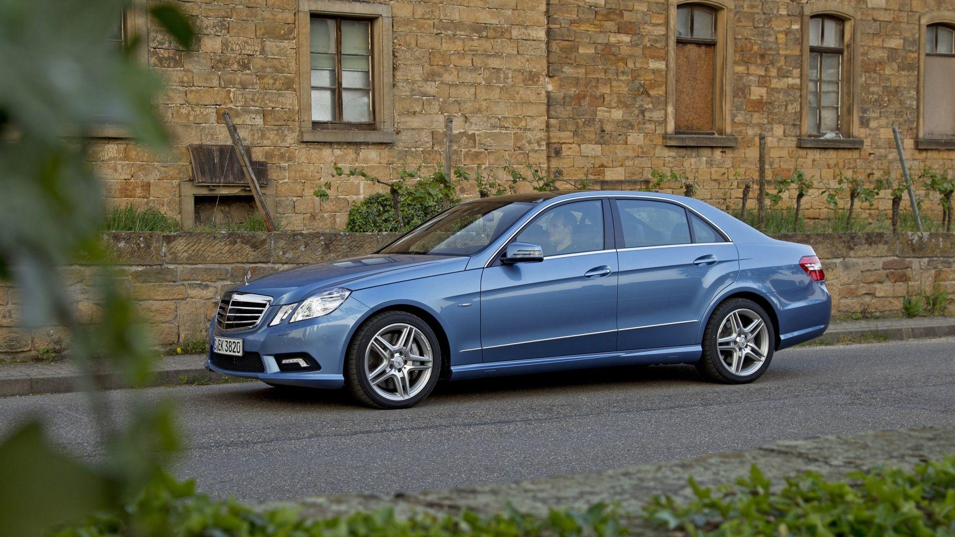 Immagine 18: Mercedes Classe E 2011