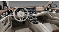 Mercedes Classe E 2016: gli interni - Immagine: 6