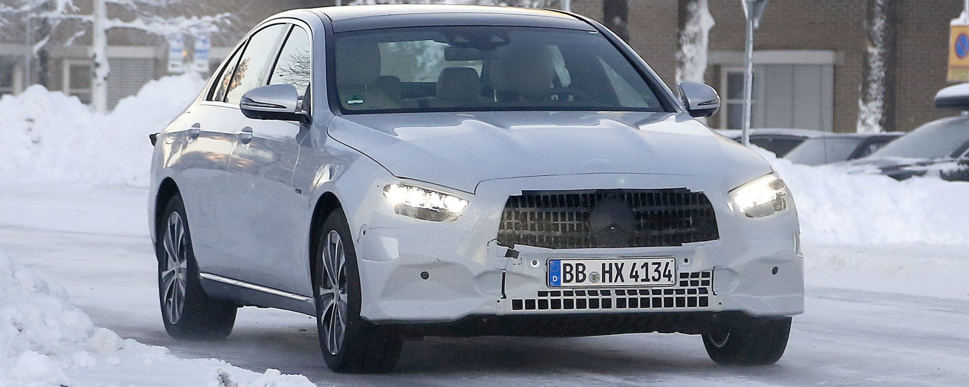 Mercedes Classe E 2019: le spy del restyling