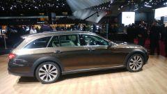 Mercedes Classe E All Terrain, profilo