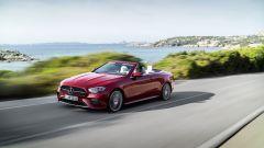 Mercedes Classe E Cabrio 2020: capote aperta