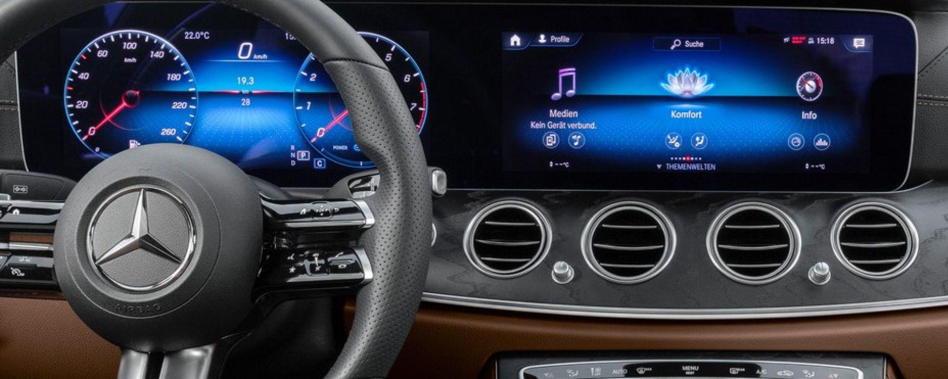 Mercedes Classe E Coupé e Cabrio: prima immagine degli interni