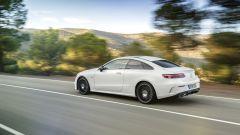 Mercedes Classe E Coupé: la trazione integrale è disponibile unicamente in abbinamento col 3.0 benzina