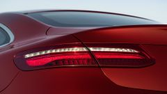 Mercedes Classe E Coupé: le luci posteriori a led