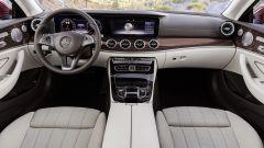 Mercedes Classe E Coupé: lo stile dell'interno è quello cui siamo abituati