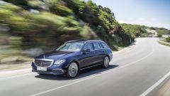 Mercedes Classe E Station Wagon: lo stile del frontale non si discosta da quello della berlina