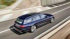 Mercedes Classe E Station Wagon: spazio, lusso e tecnologia - Immagine: 11