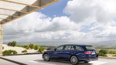 Mercedes Classe E Station Wagon: spazio, lusso e tecnologia - Immagine: 14