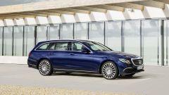 Mercedes Classe E Station Wagon: spazio, lusso e tecnologia - Immagine: 15