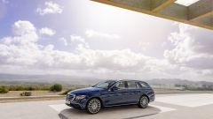 Mercedes Classe E Station Wagon: spazio, lusso e tecnologia - Immagine: 16