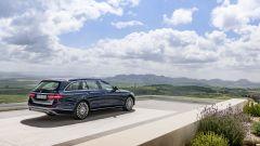 Mercedes Classe E Station Wagon: spazio, lusso e tecnologia - Immagine: 19