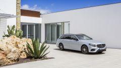 Mercedes Classe E Station Wagon: spazio, lusso e tecnologia - Immagine: 38