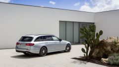 Mercedes Classe E Station Wagon: spazio, lusso e tecnologia - Immagine: 39