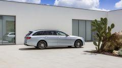 Mercedes Classe E Station Wagon: spazio, lusso e tecnologia - Immagine: 42