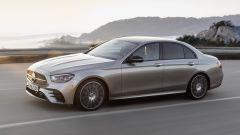 Mercedes Classe E restyling, ecco come cambiano berlina e SW - Immagine: 4