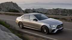 Mercedes Classe E restyling, ecco come cambiano berlina e SW - Immagine: 6