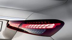 Mercedes Classe E restyling, ecco come cambiano berlina e SW - Immagine: 12