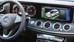 Mercedes Classe E SW All-Terrain: doppio schermo